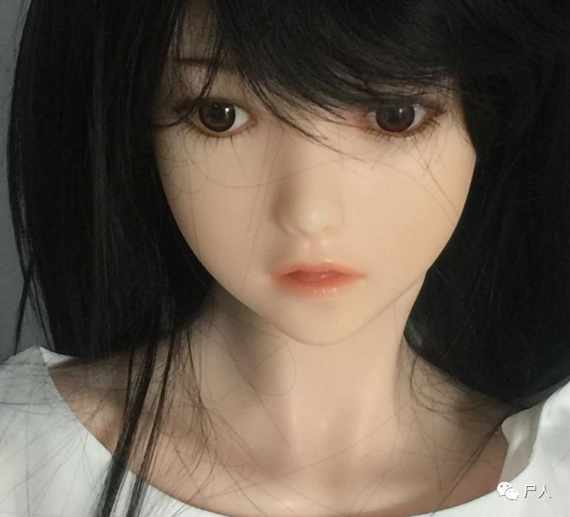 实体娃娃不止是性爱玩偶,还是养娃者们的一生最爱