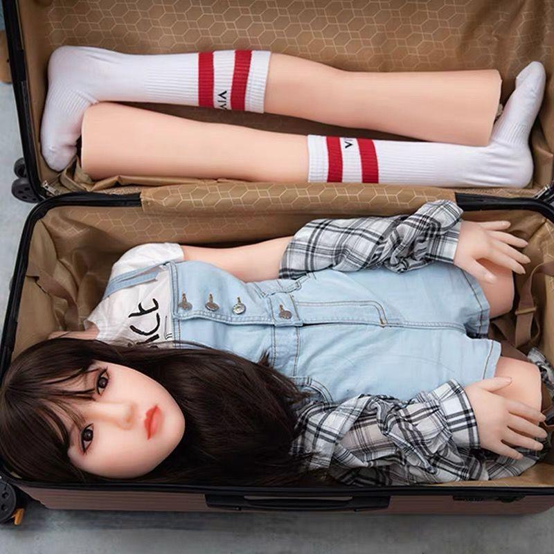 实体娃娃全硅胶充气i女娃男用真人版可收纳箱美女朋友手办可插入